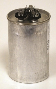 Motors & Armatures 7.5 mfd 370V Round Capacitor MAR12997