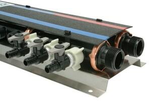 Qest QickPort® 100 psi Plastic MPT 1 x 1/2 in. Valve Manifold QQPPM12H18C3