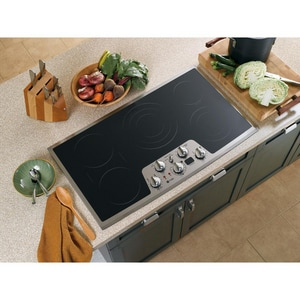 General Electric Appliances Profile™ 36 in. Built-In Clean Electric Cooktop 240V GPP962SM