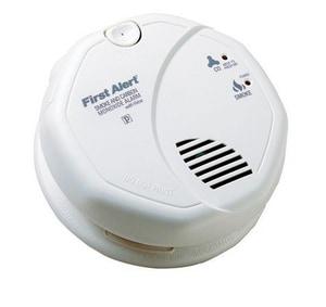 First Alert 120V Carbon Monoxide Photoelectric Smoke Detector Combination BSC7010BV