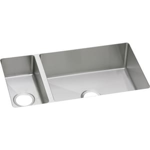 Elkay Crosstown™ 2-Bowl Undermount Kitchen Sink EEFRU3219