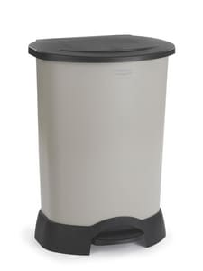 Rubbermaid 30 gal Hand Free Step-On Container RFG614700