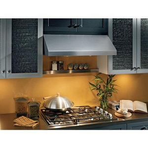 Broan Nutone 36 in. 440 cfm 2-Speed Under Cabinet Range Hood BRP136