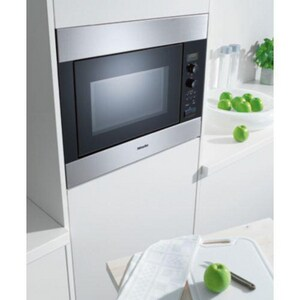 Miele Appliances 60 CM Microwave in Stainless Steel MM8260SSR