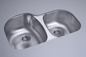 Sterling Cinch™ 31-1/2 x 20-1/2 x 9 in. Offset (High/Low) Sink with No Faucet Hole Punching S11724NA