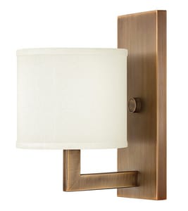 Hinkley Lighting Hampton 6-3/4 in. 100W 1-Light Medium E-26 Wall Sconce H3210