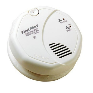 BRK Electronics Smoke And Carbon Alarm with Voice BSCO7B