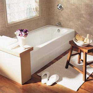 American Standard 66 x 32 in. Cast Iron Tub with Right Hand Outlet in White A2696102020