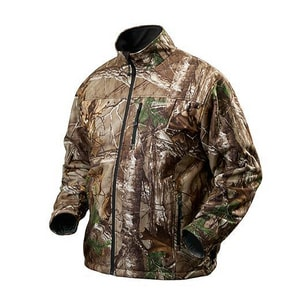 Milwaukee M12™ Cordless Heated Jacket On in Camouflage M2342