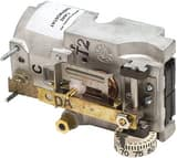 Johnson Controls Direct Acting Horizontal Thermostat in White JT4002201