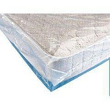 Crayex Corp 60 x 92 x 10 in. 5 mil Mattress Bag in Clear (Roll of 25) C1601092500